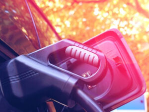 Autokauf: Barzahlung, Leasing oder Privatkredit?